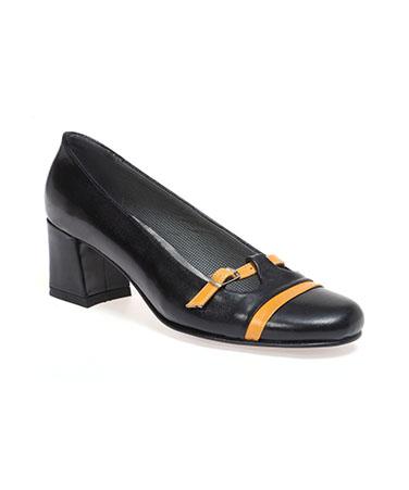 נעלי שלגיה